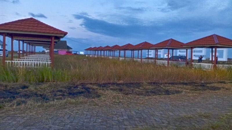 Bangunan Gasebo di Kawasan Wisata Bangsalae (foto : Gus)