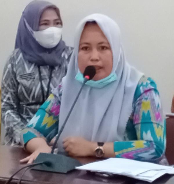 Direktur Rumah Sakit Umum Lamaddukkelleng, Sengkang, drg. A.Ella Hafid (foto : Gus)
